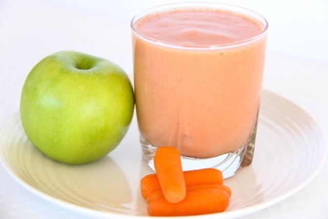 Banán, alma, eper, répa turmix - Léböjt Recept
